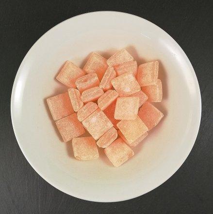 Zwiebelwürfel Bonbon